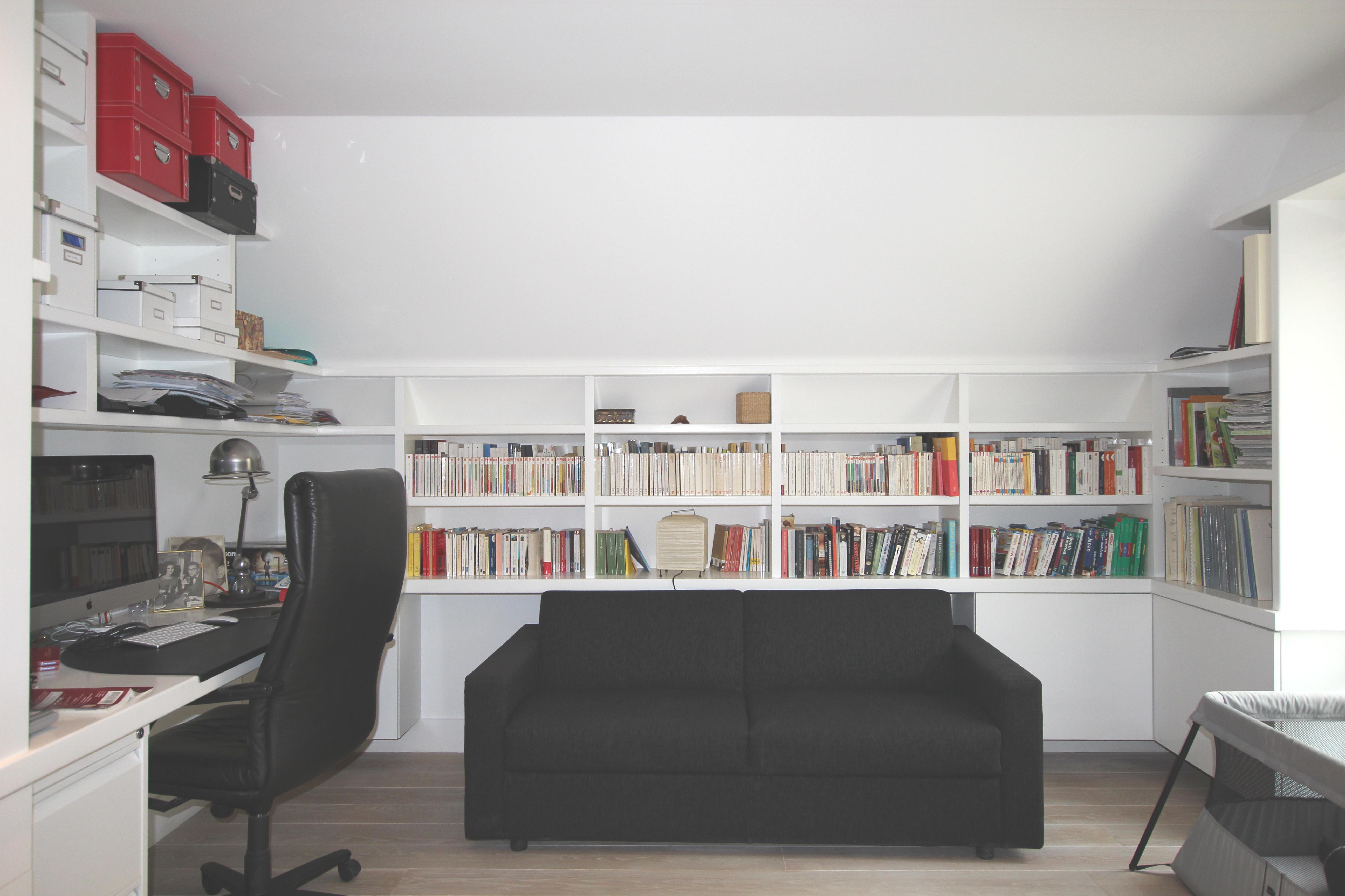 vue du bureau. Black Bedroom Furniture Sets. Home Design Ideas