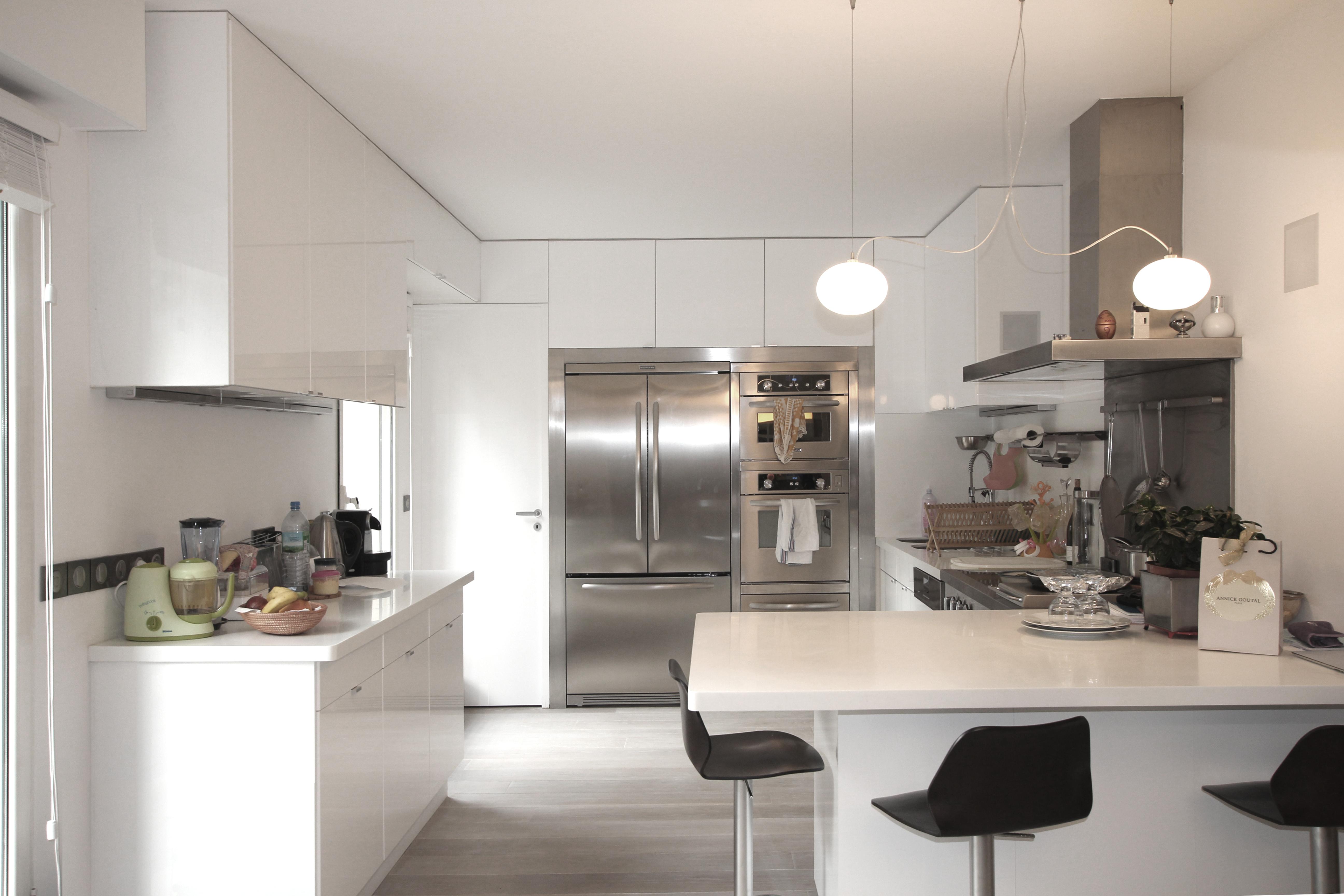 vue g n rale de la cuisine. Black Bedroom Furniture Sets. Home Design Ideas