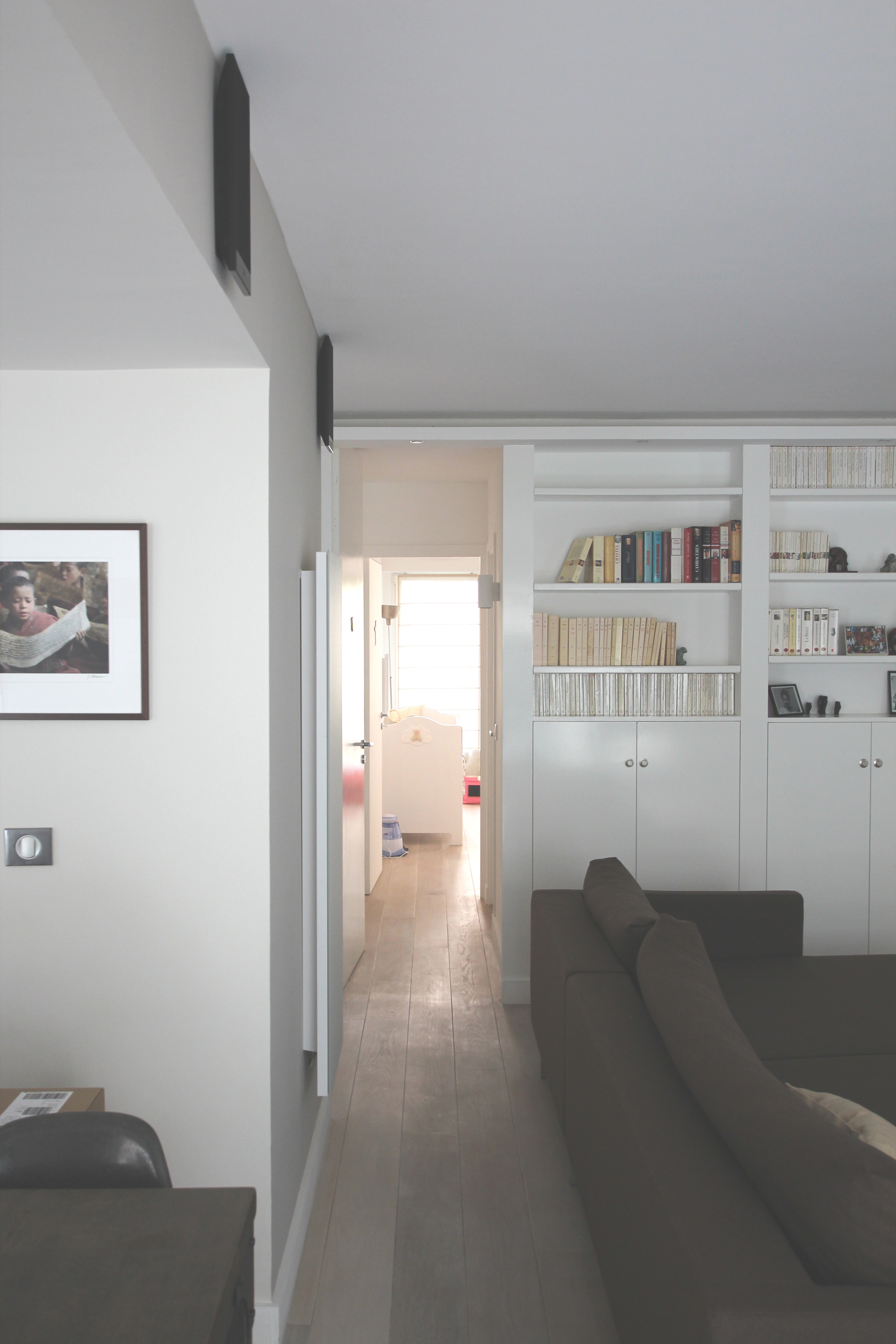 perspective longitudinale depuis le salon. Black Bedroom Furniture Sets. Home Design Ideas
