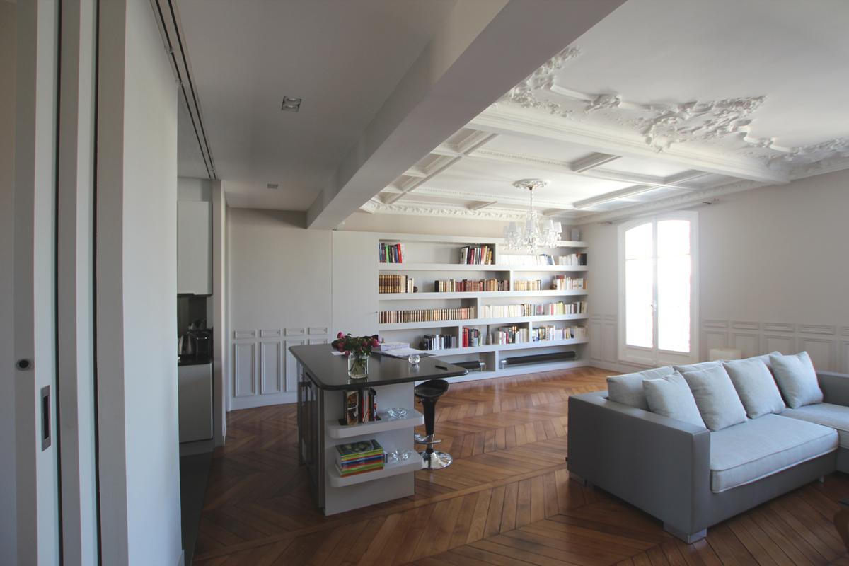 vue depuis l 39 entr e. Black Bedroom Furniture Sets. Home Design Ideas